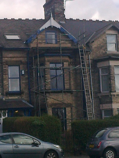 we can arrange scaffold for your exterior decorating in newcastle